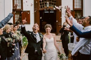 Confetti Toss | Image: Lad & Lass Photography