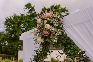 Protea Ceremony Arch | Image: Lad & Lass Photography