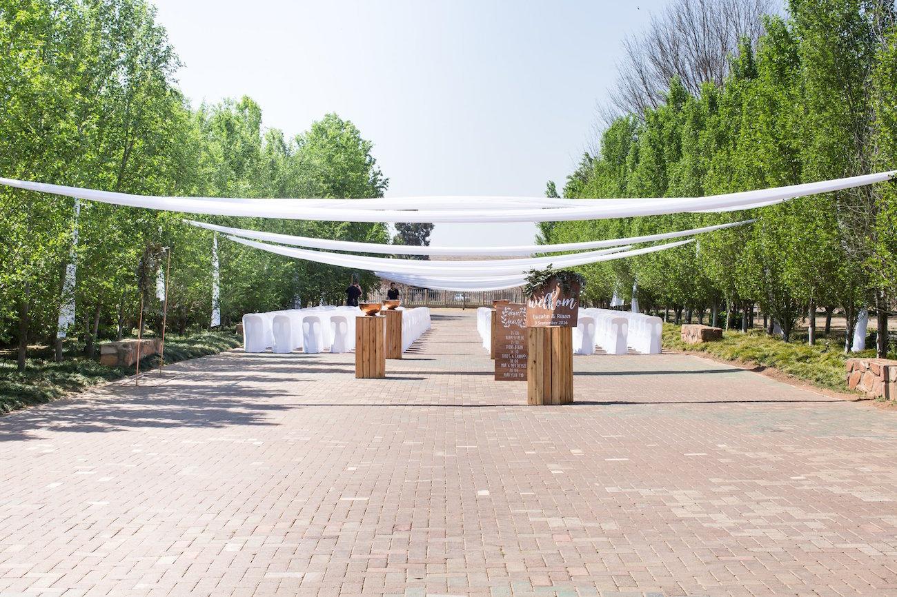 Draped Outdoor Ceremony Area | Image: JCclick