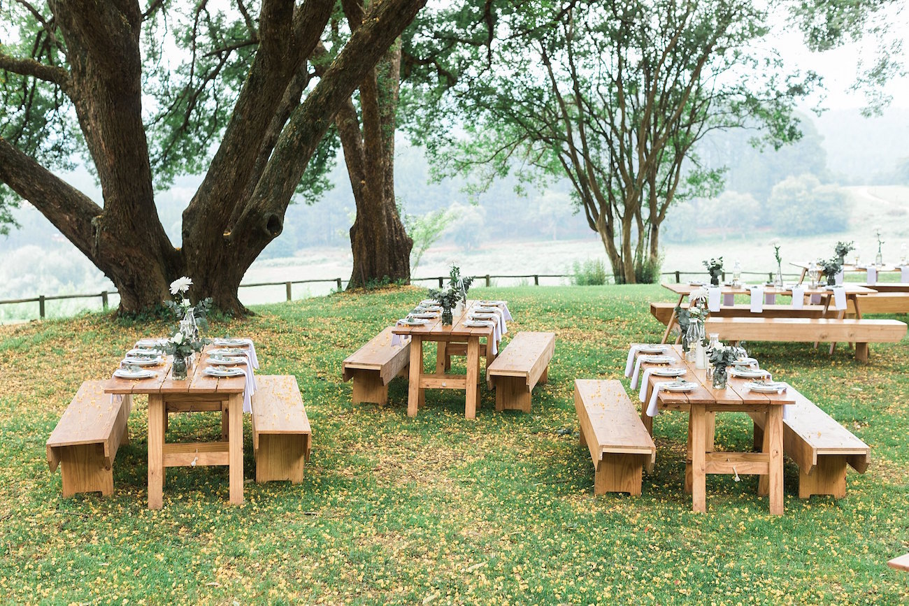 Outdoor Wedding Reception | Image: Alicia Landman