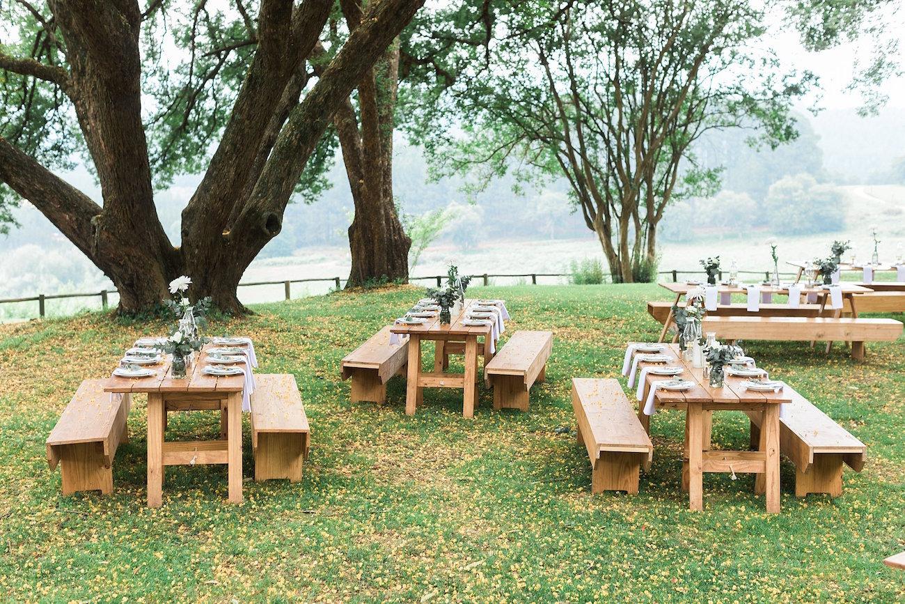Outdoor Wedding Reception | Image: Alicia Landman