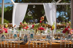 Vibrant Outdoor Wedding Tablescape | Image: Moira West