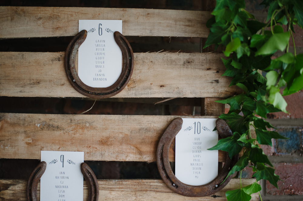 Horseshoe Escort Cards | Image: Tanya Jacobs