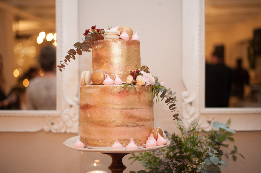 Rose Gold Copper Wedding Cake | Image: Tanya Jacobs
