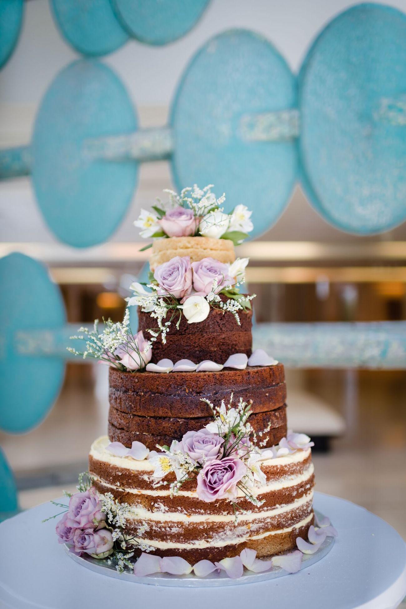 Naked Wedding Cake | Image: Wynand van der Merwe