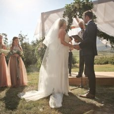 Country Glamour Wedding at The Oaks by Susie Leblond