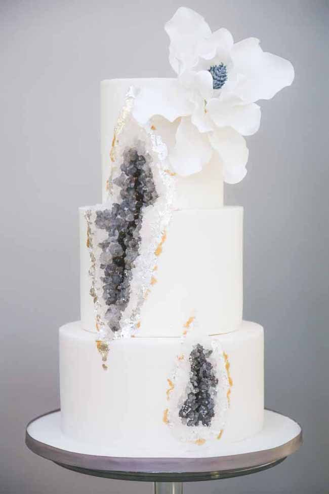 20 Geode Amp Crystal Wedding Cakes Southbound Bride
