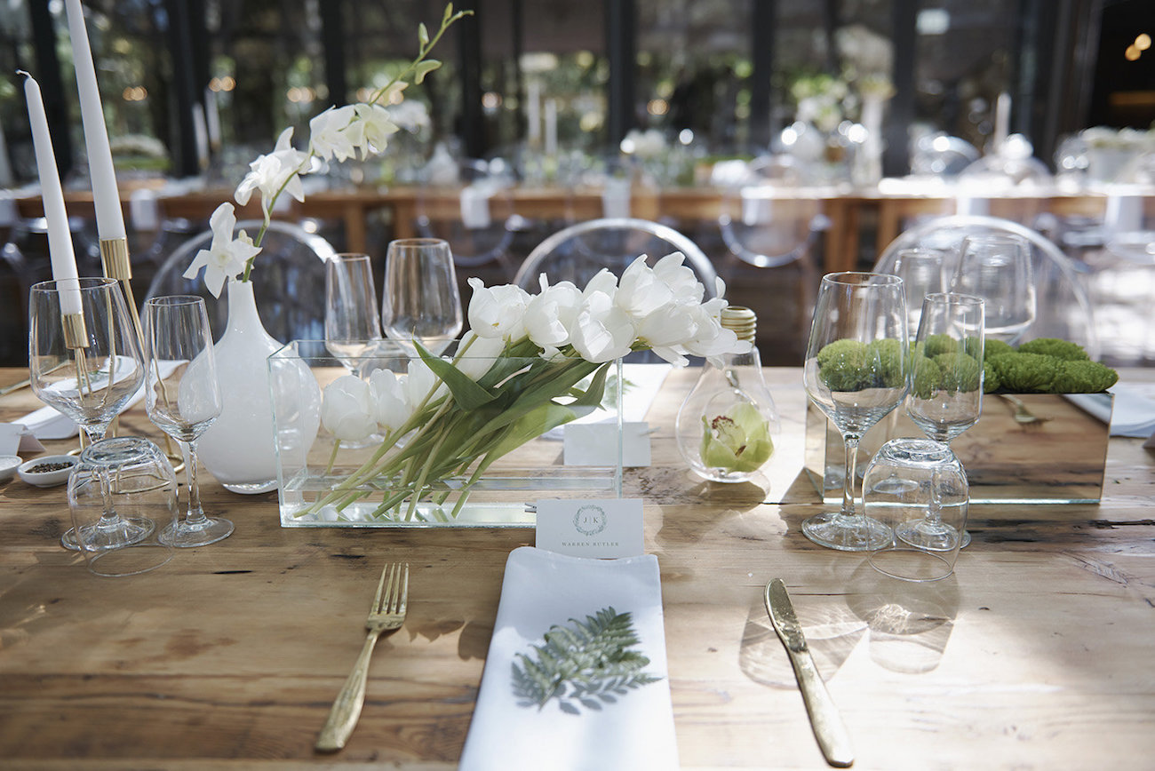 Green and White Floral Centerpieces   Image: Knit Together Photography