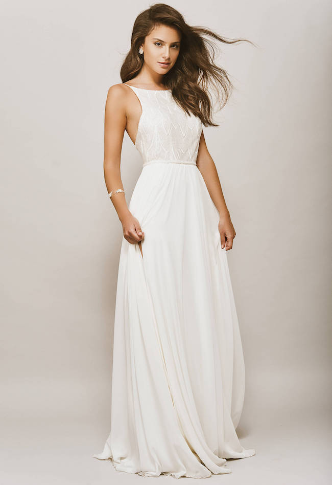 3c2b6b3ea26 20 Elegant Minimalist Meghan Markle Style Wedding Dresses ...