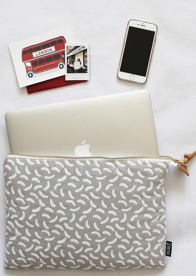 print fabrice laptop case