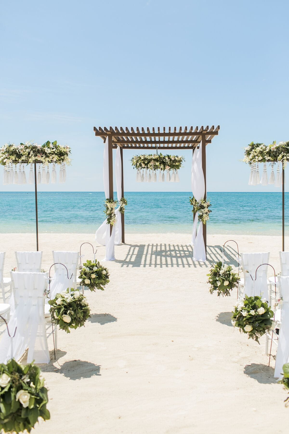 010 destination weddings honeymoons at sandals for What to know about destination weddings