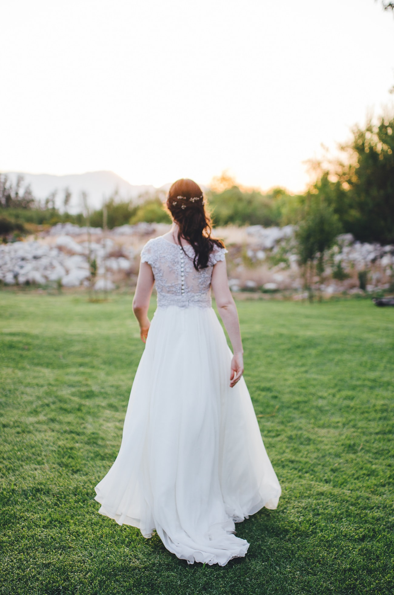 Robyn Roberts Grey Lace Wedding Dress | Credit: Yeah Yeah Photography