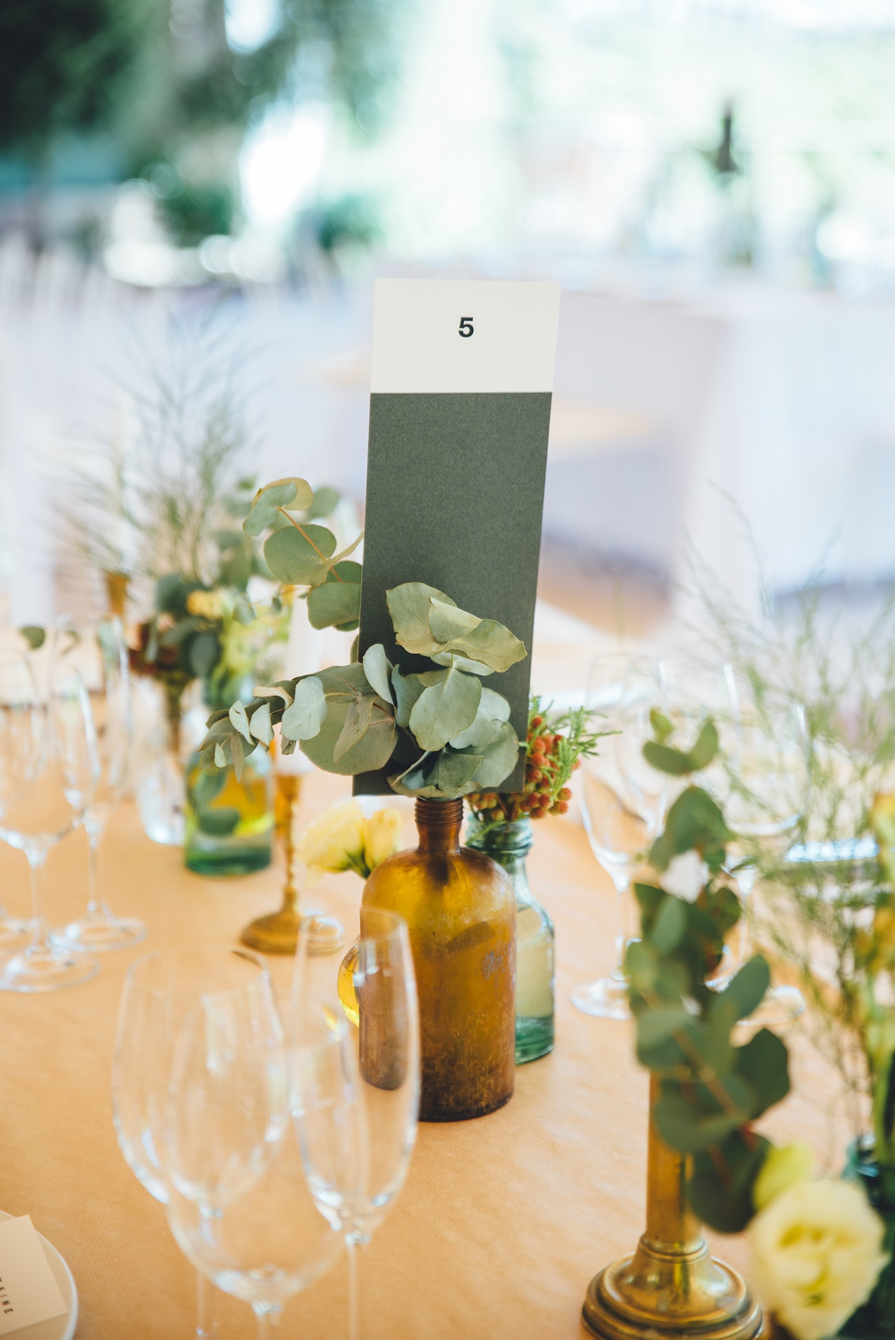 Paint Chip Table Number | Credit: Yeah Yeah Photography