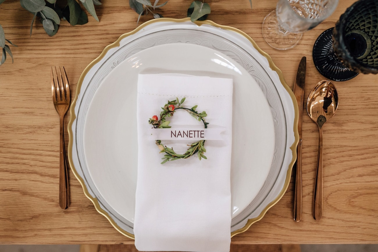 Mini Wreath Place Setting | Credit: Page & Holmes