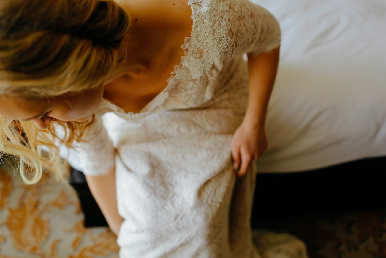 Lace Wedding Dress | Vintage Chic City Wedding at the Cape Town Club | Credit: Duane Smith