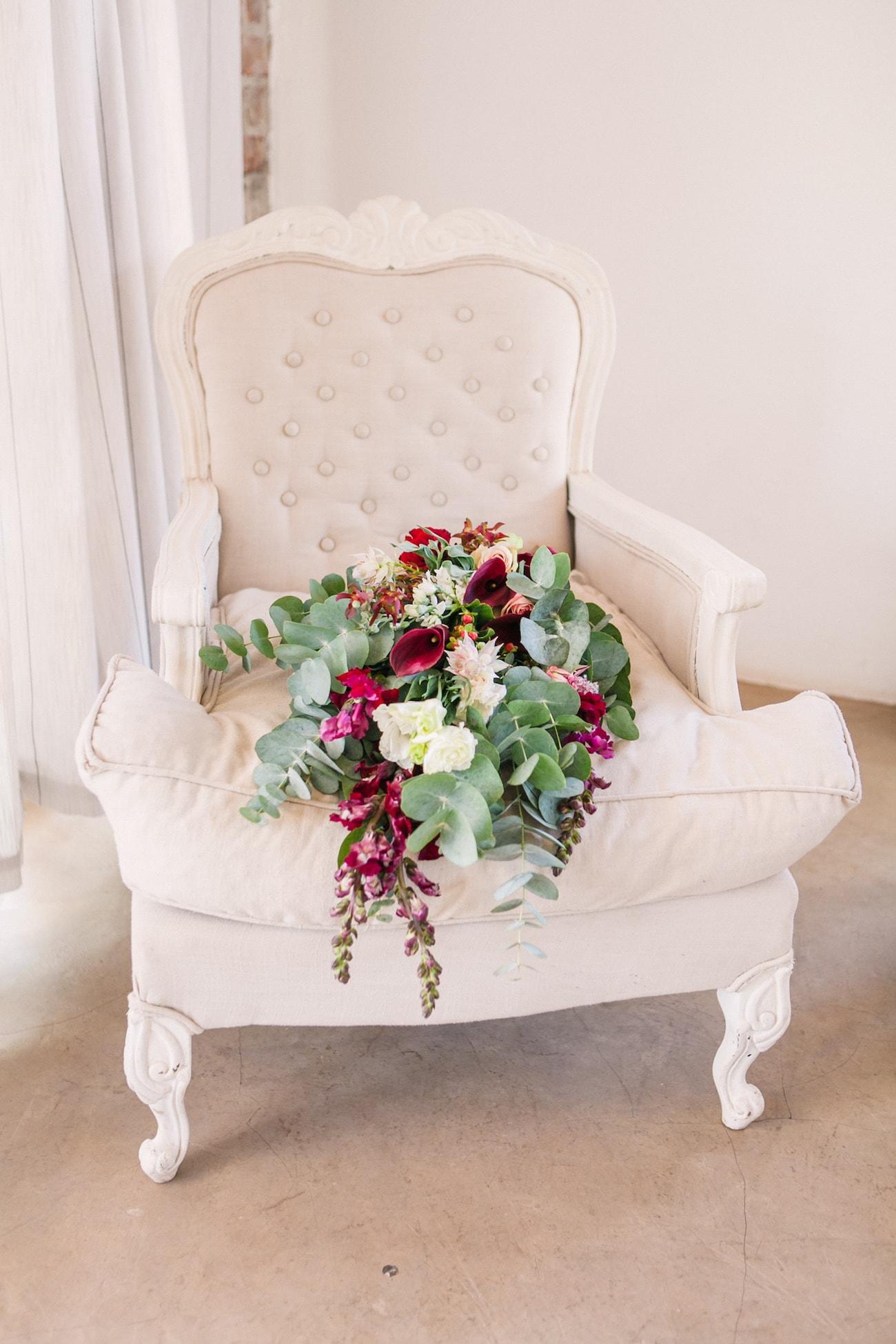 Jewel Tone Bouquet | Joyous Jewel Tone Winter Wedding | Credit: Dust and Dreams Photography