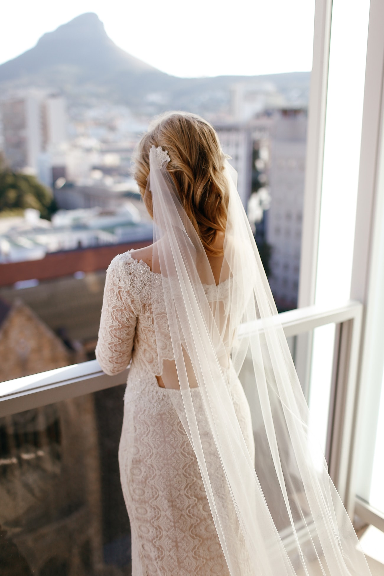Cape Town Bride | Vintage Chic City Wedding at the Cape Town Club | Credit: Duane Smith