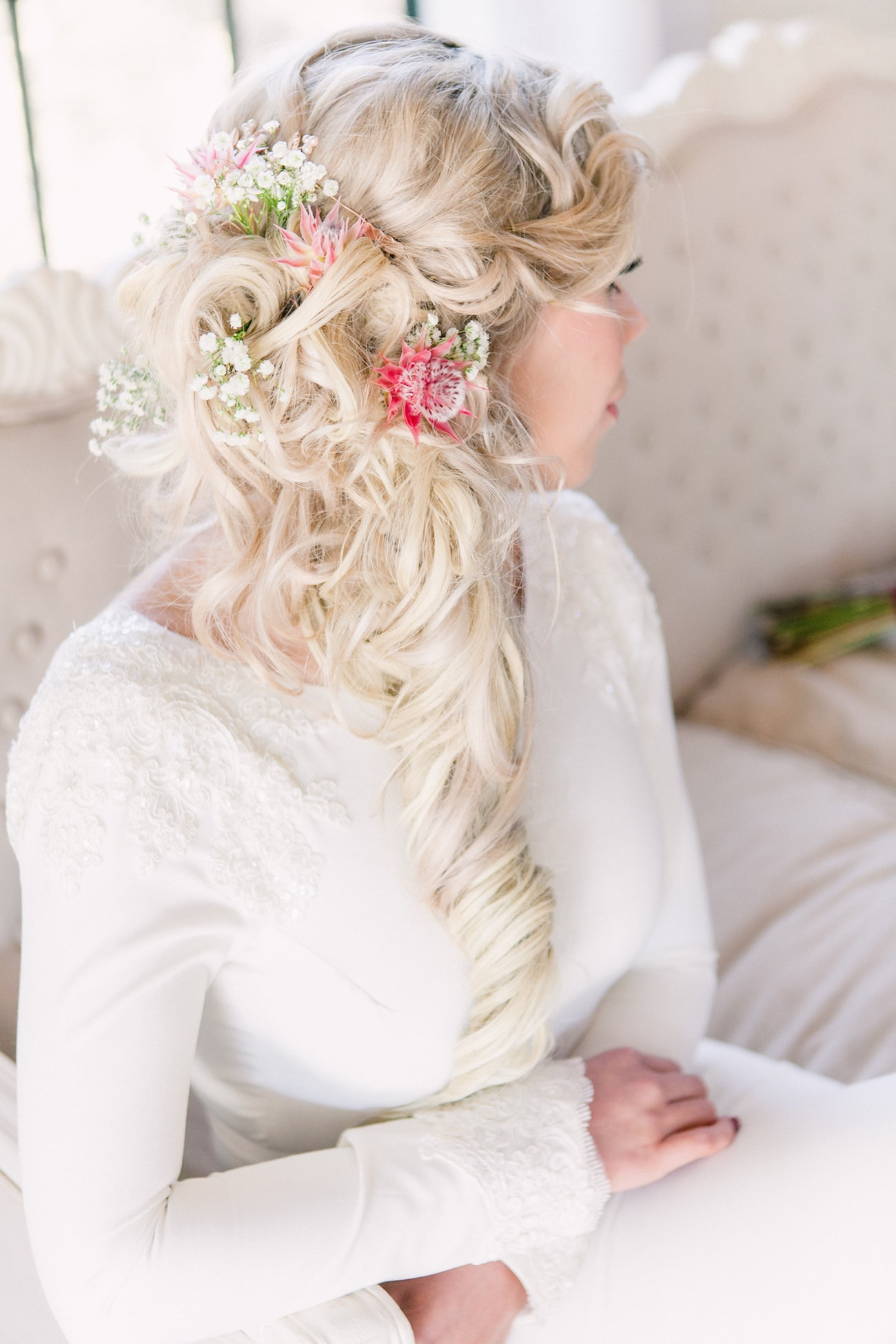 Floral Ponytail | Joyous Jewel Tone Winter Wedding | Credit: Dust and Dreams Photography