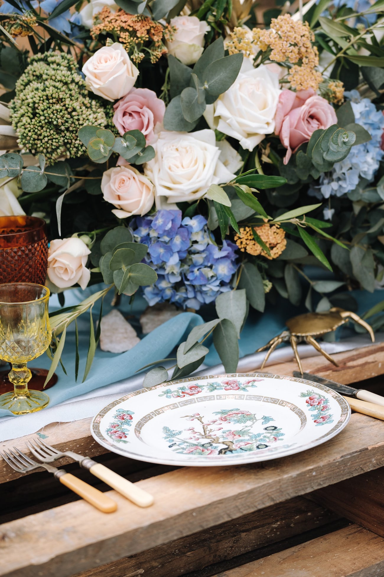 Boho Luxe Vintage Place Setting | Atmospheric Wedding Inspiration | Credit: The Shank Tank