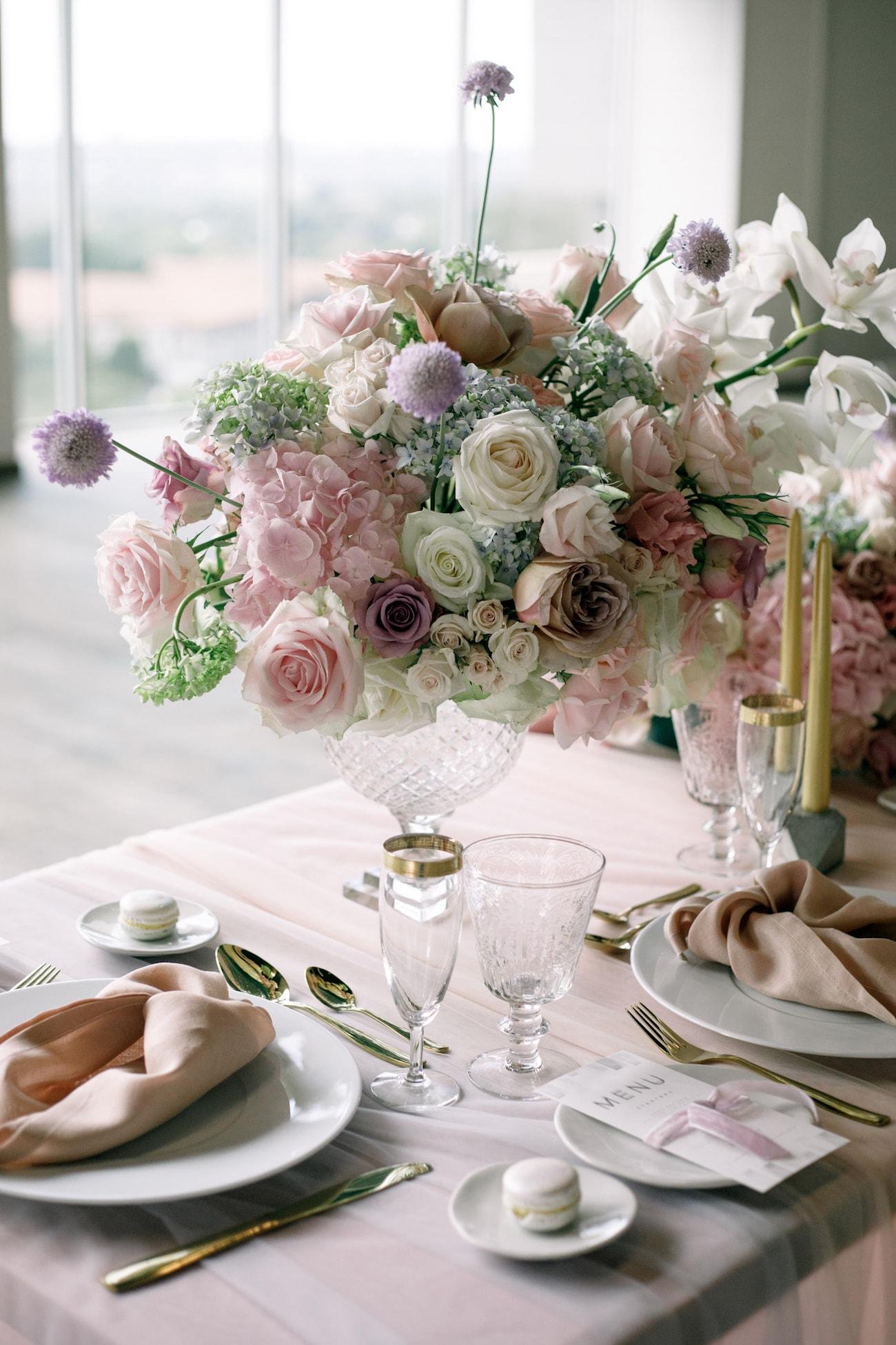 Romantic Iridescent Wedding Table Decor | Credit: Jessica Notelo (18)