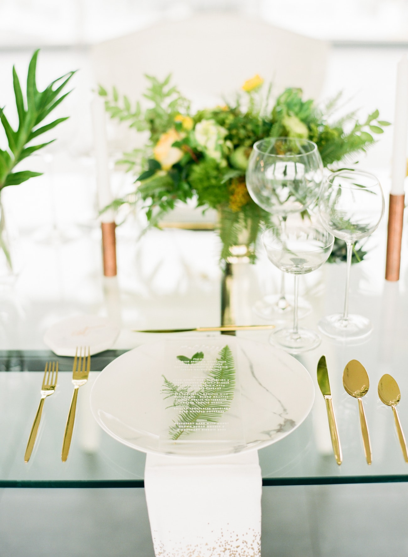 Tropical Transparency Wedding Table Decor | Credit: Ruth Eileen Photography