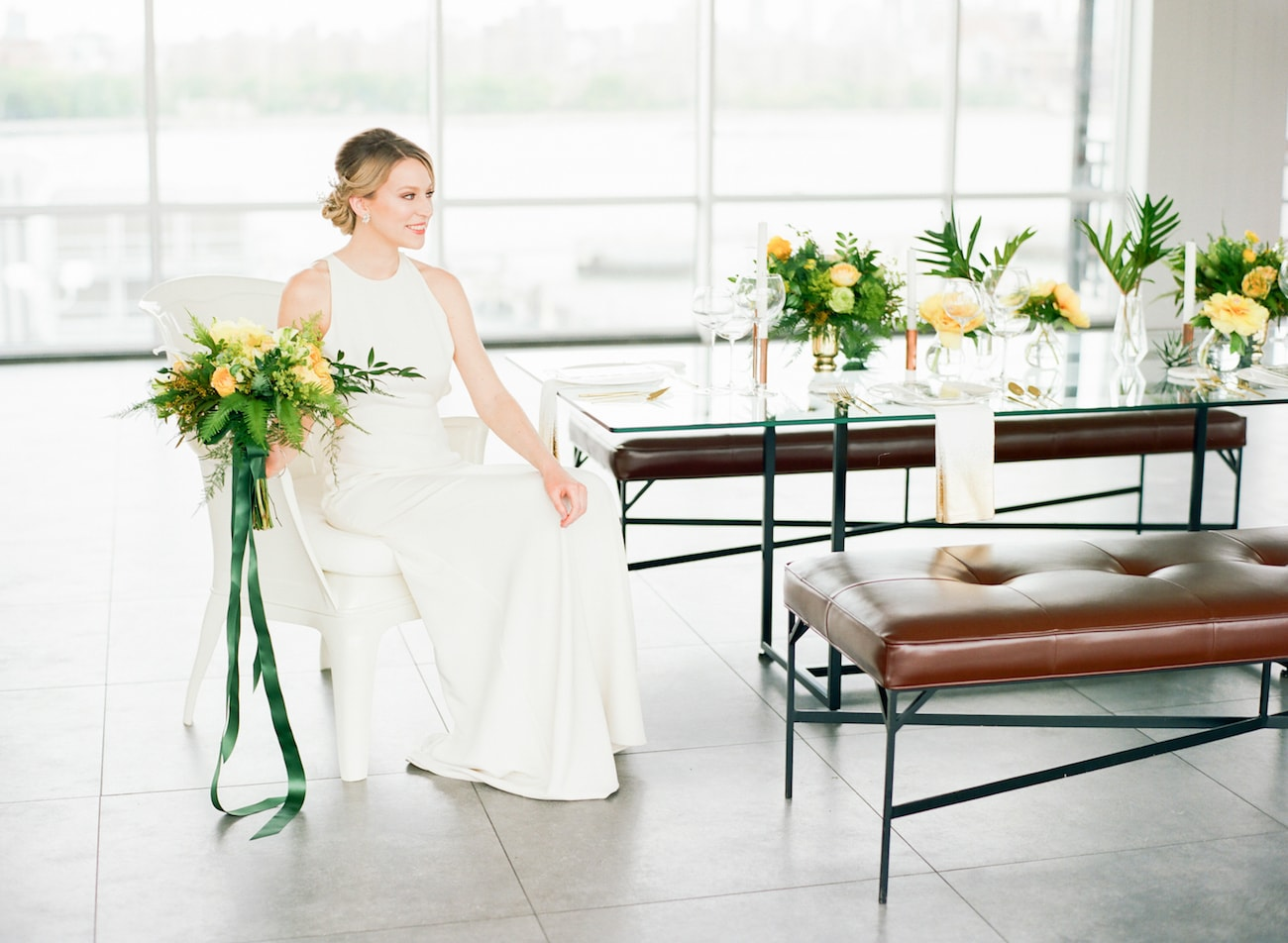 Modern Tropical City Wedding Decor | Credit: Ruth Eileen Photography