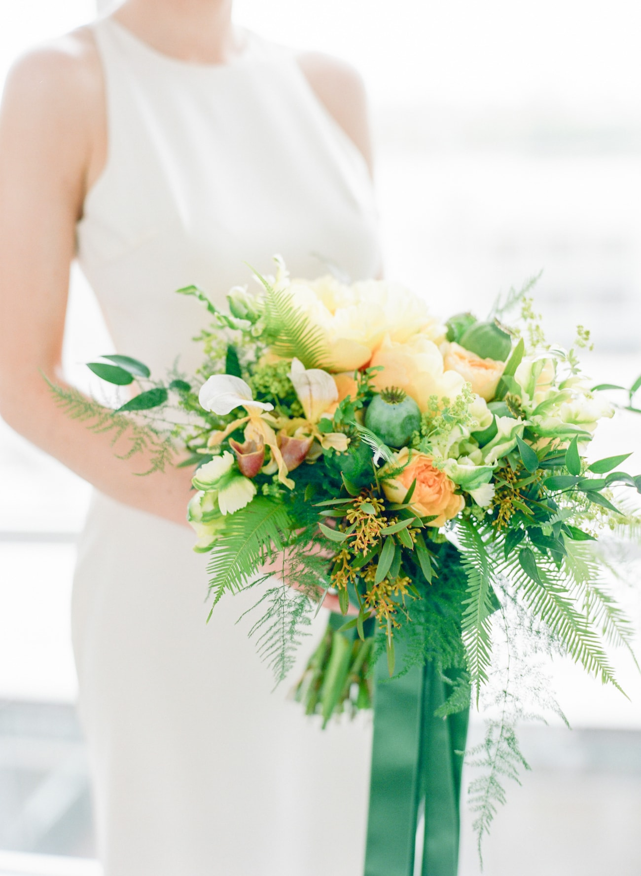 Modern Tropical Bouquet | Credit: Ruth Eileen Photography