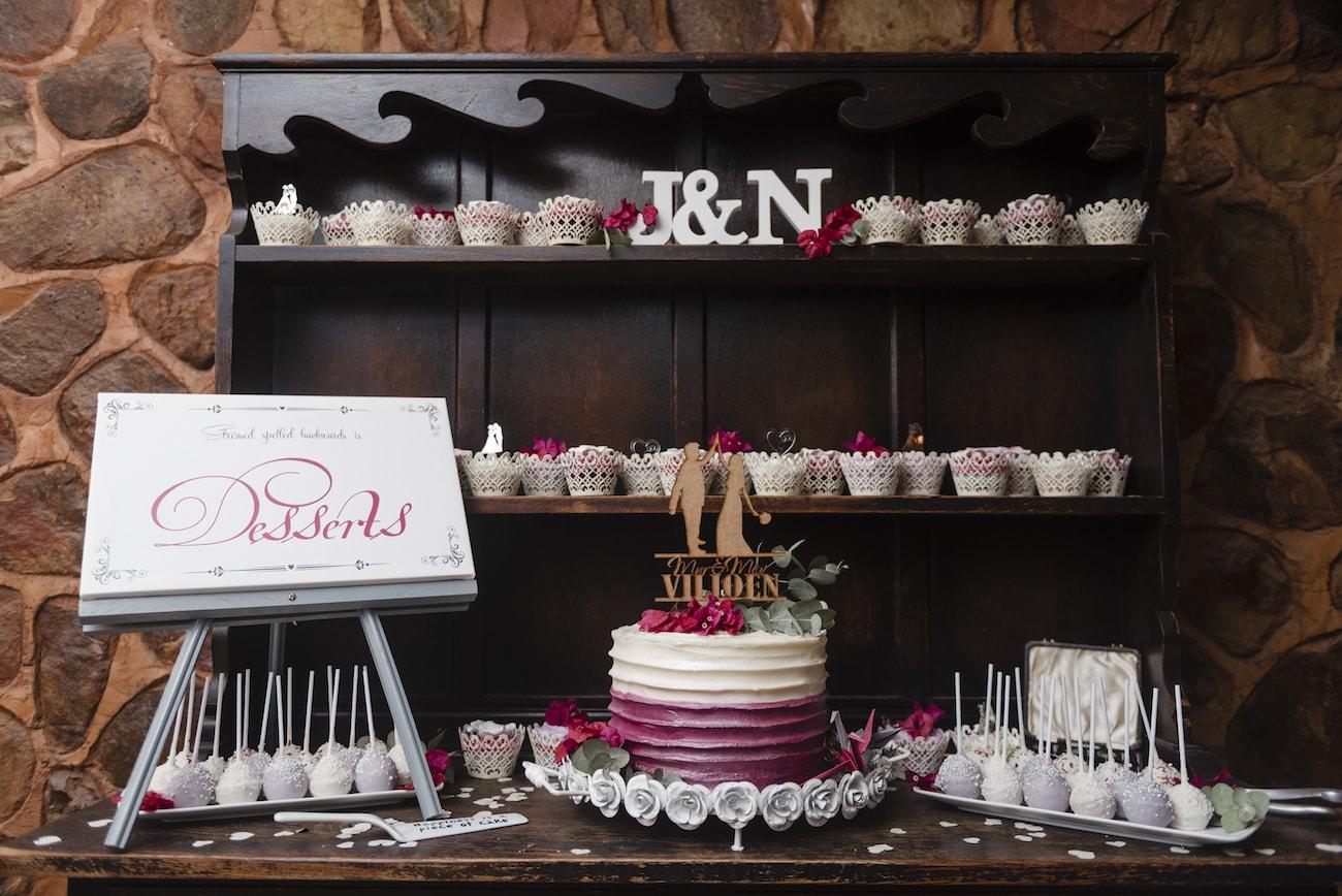 Magenta Wedding Cake | Credit: Wynand van der Merwe (27)