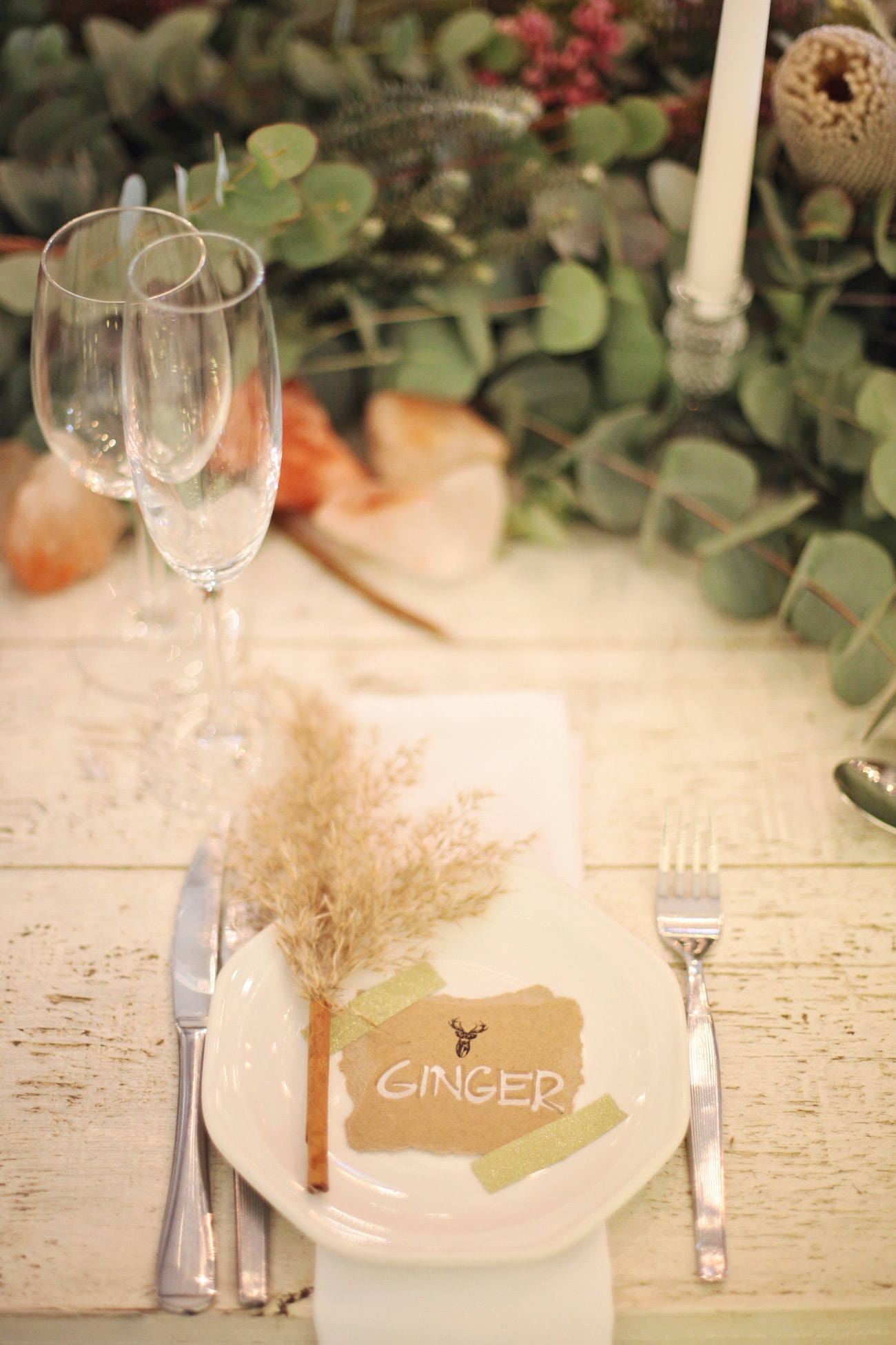 Rustic Natural Place Setting with Pampas Grass | Credit: Carmen Roberts (29)