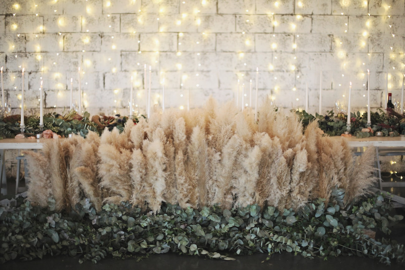 Pampas Grass Wedding Table Installation | Credit: Carmen Roberts (32)