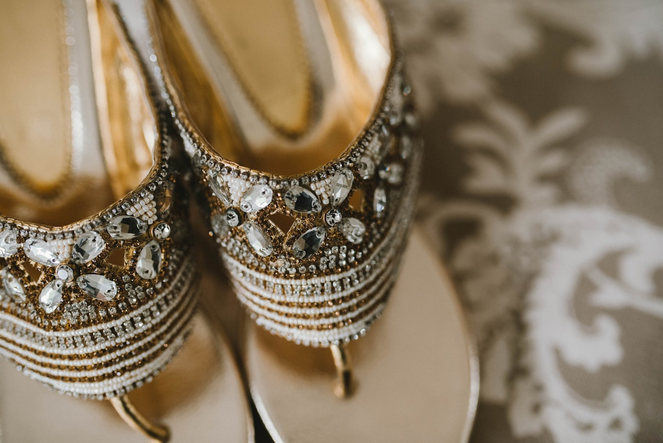 Indian Wedding Sandals | Image: Claire Thomson
