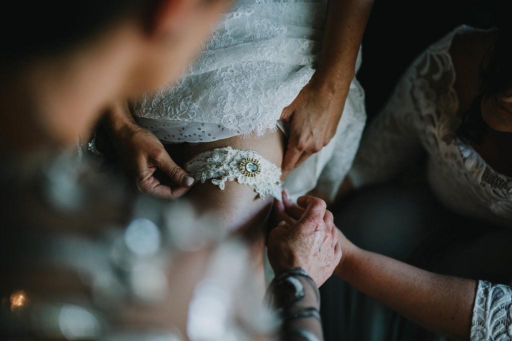 Bridal Garter with Heirloom Brooch | Image: Jessica J Photography