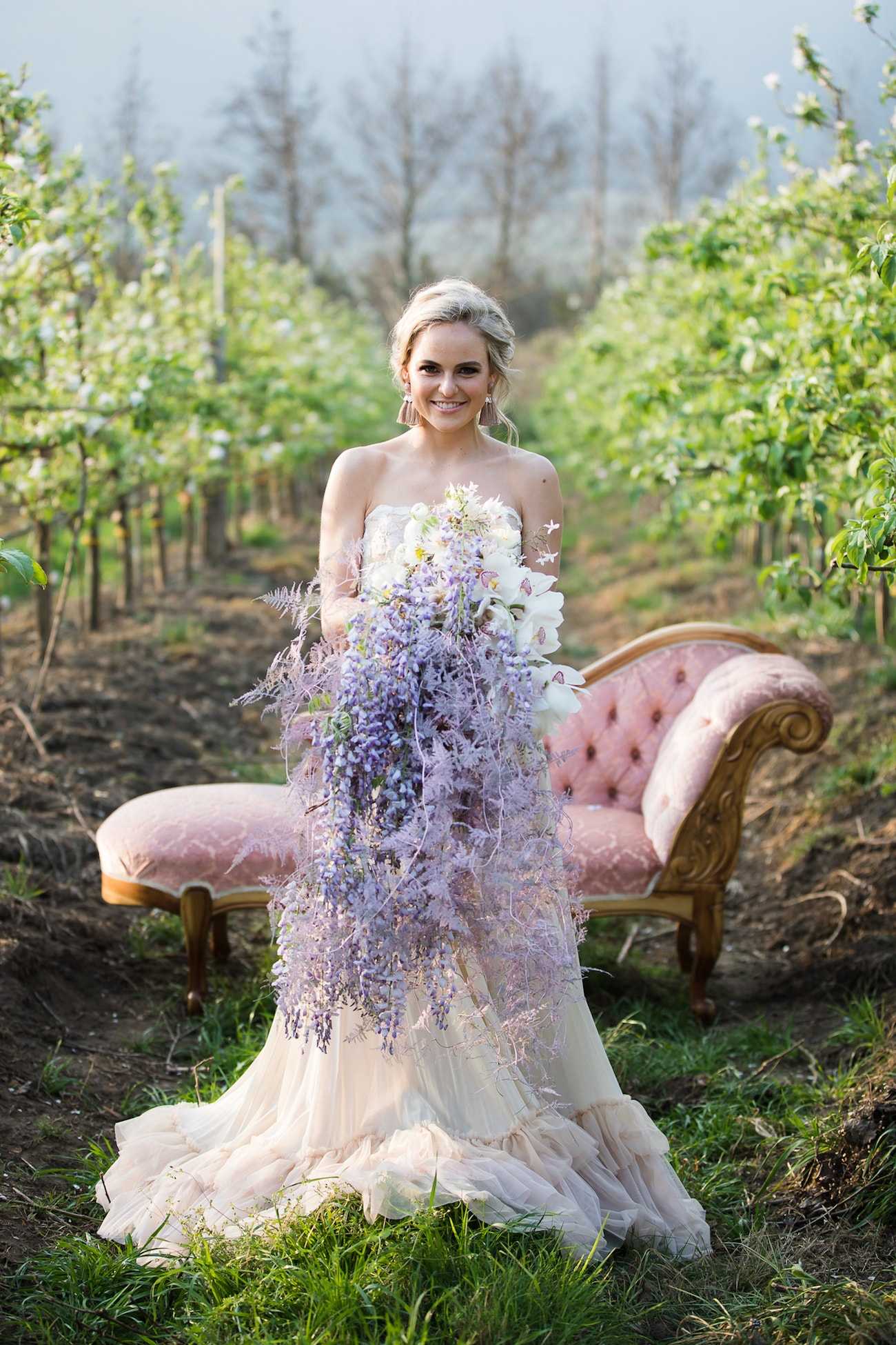 Oversize Purple Bouquet | Image: Sulet Fourie