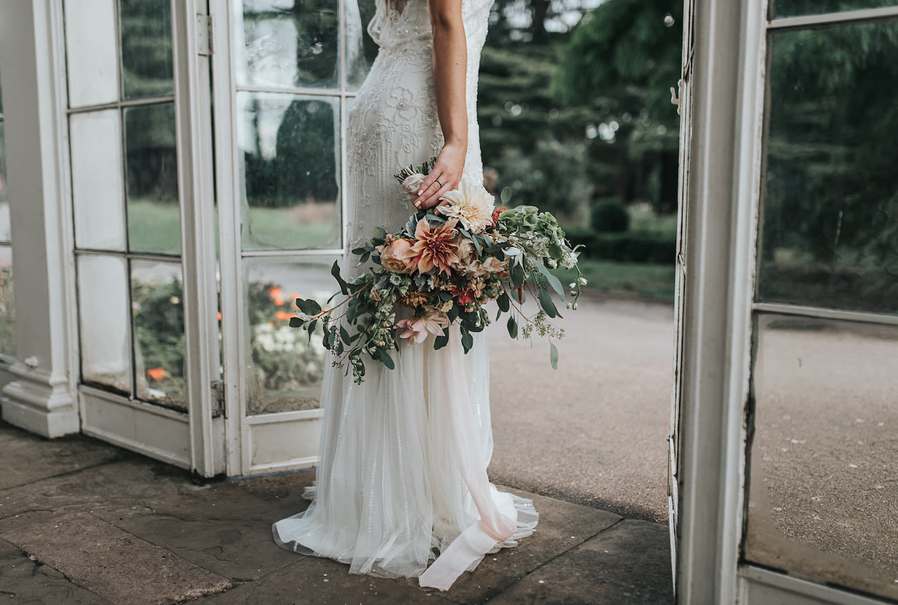 Peach Blush Bouquet | Image: Pear & Bear Photography