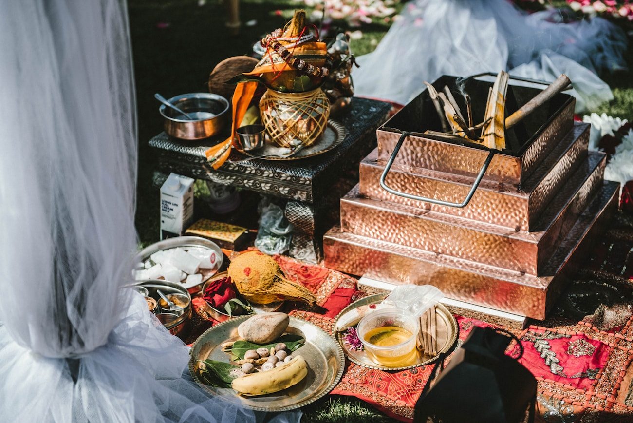 Hindu Wedding Havan | Image: Claire Thomson