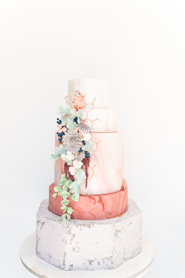 Marble & Concrete Fall Floral Wedding Cake | Image: Cara Faye Weddings