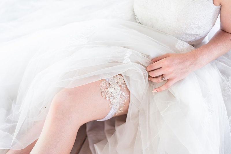 Wedding Garter South Africa | Image: Marilize Coetzee