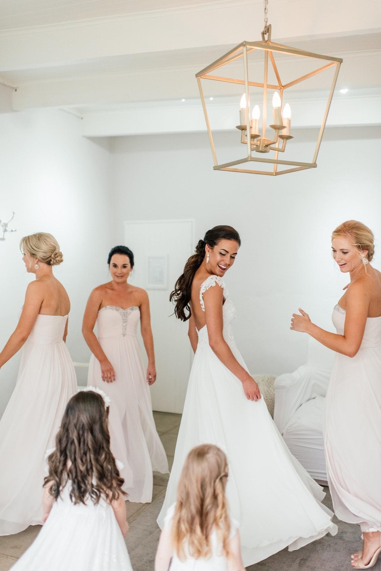 Dancing Bridesmaids   Image: Carla Adel