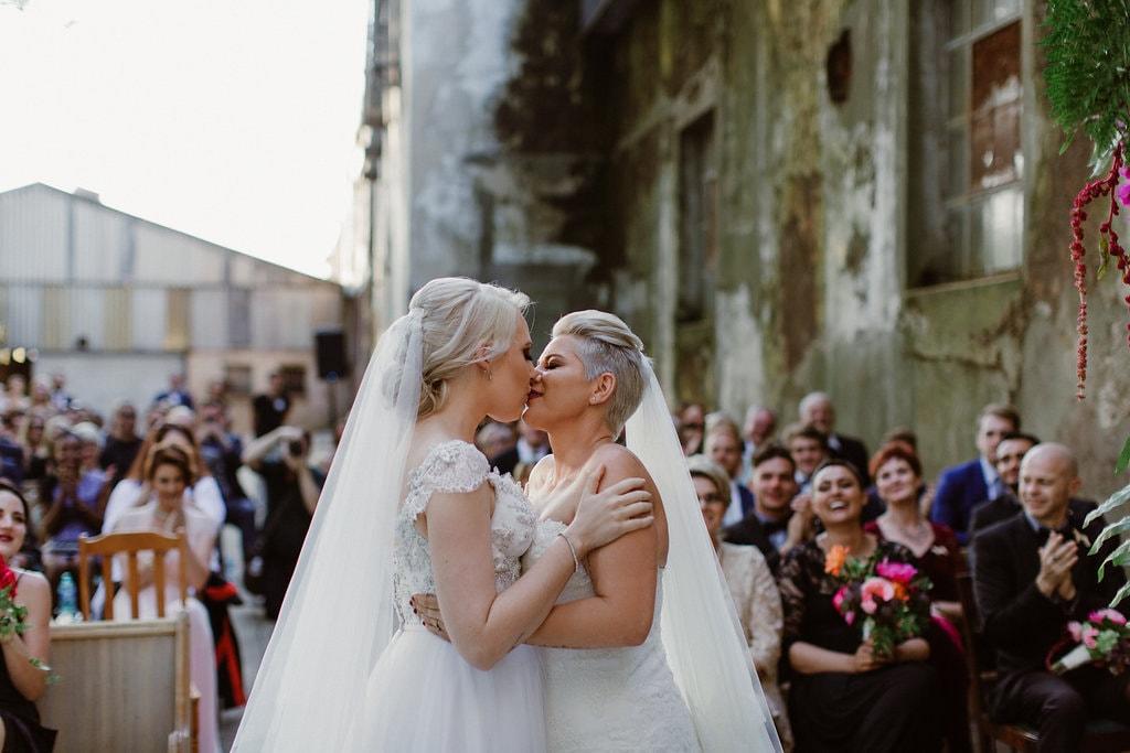 First Kiss | Image: Jenni Elizabeth