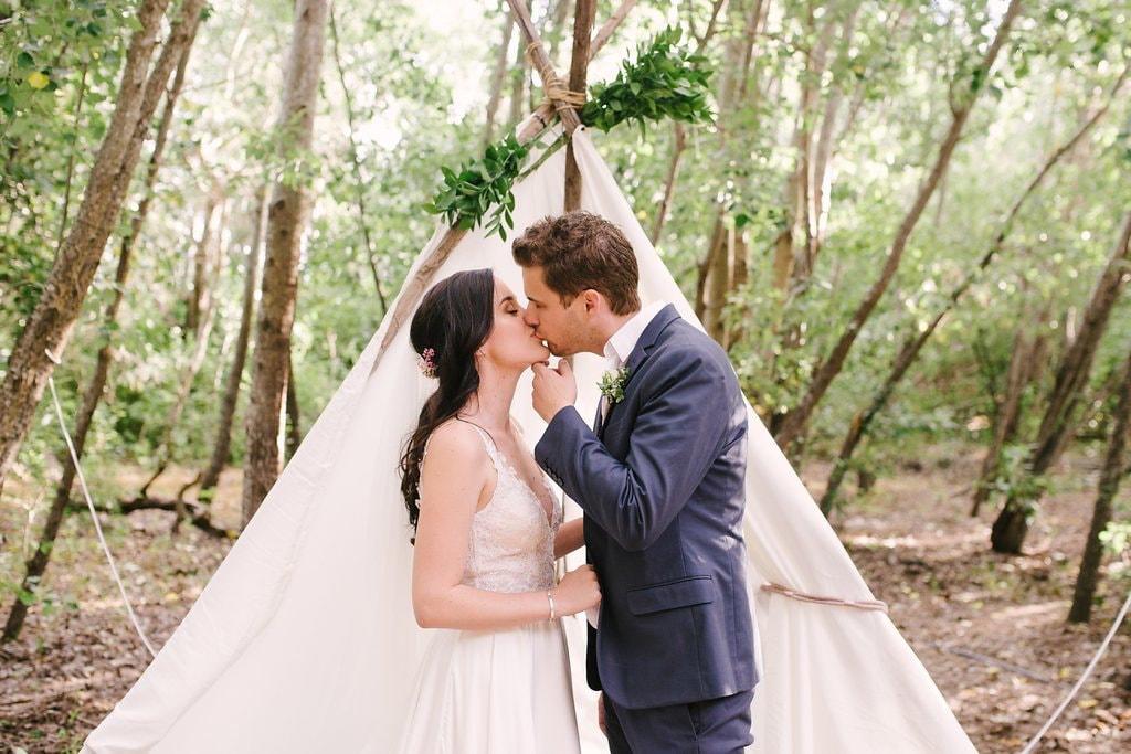 DIY Boho Wedding Tipi | Image: Cheryl McEwan