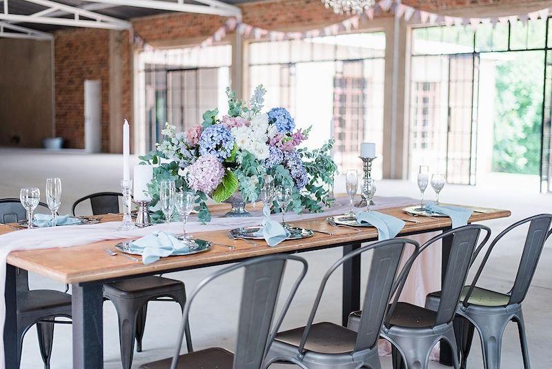 Pastel Wedding Table Decor | Image: Marilize Coetzee