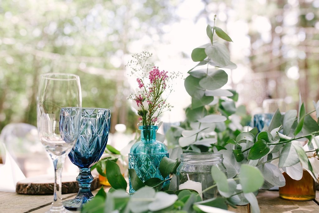 Rustic Table Decor with Color Glass | Image: Cheryl McEwan