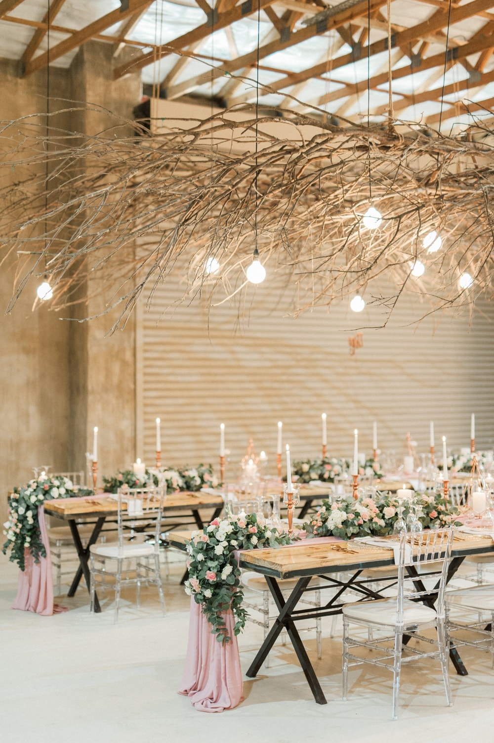 Elegant Rustic Wedding at The Venue Fontana | Image: Bright Girl Photography