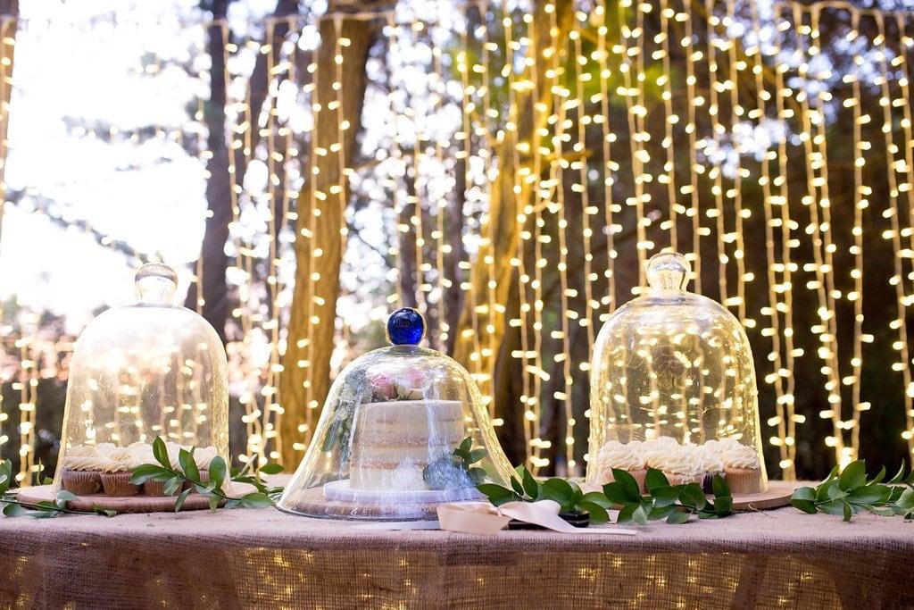 Cake Display with Fairy Lights | Image: Cheryl McEwan