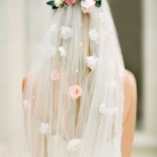 Trend Alert: Statement Bridal Veils